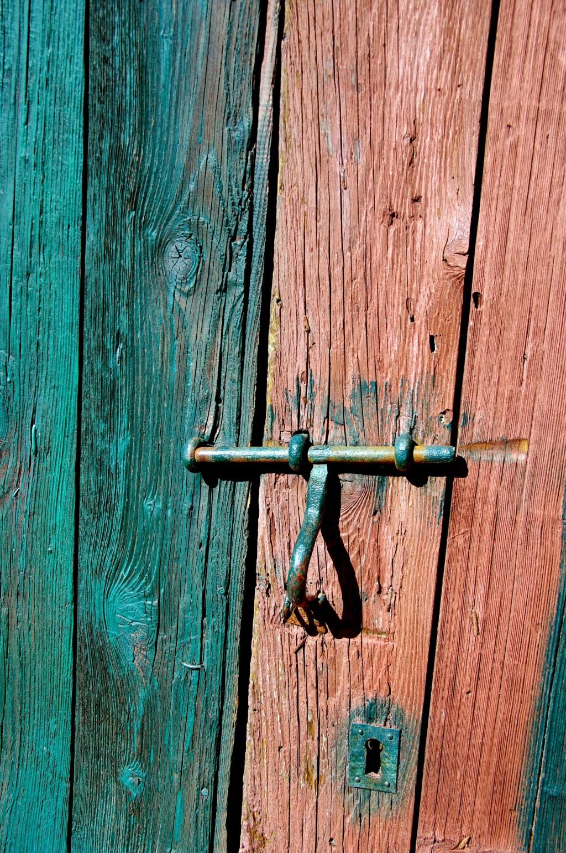 Comment Rénover Une Porte En Bois décaper une porte en bois